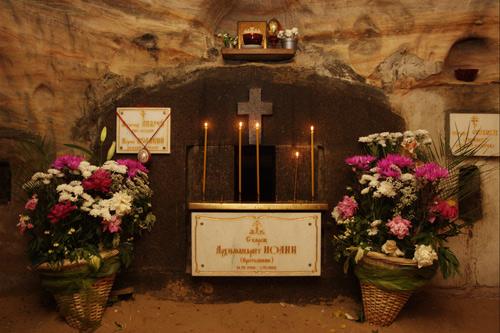 Печоры. Место погребения  архимандрита Иоанна Крестьянкина