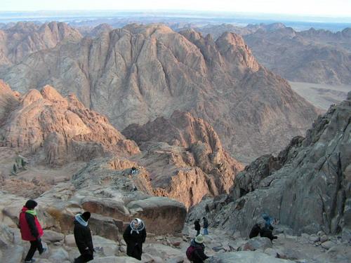 Спуск с горы Моисея