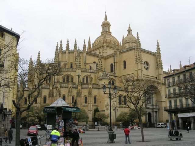 Сеговия.Кафедральный собор