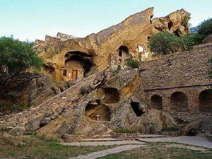 Пещерные монастыри Давид-Гареджи 1