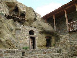 Пещерные монастыри Давид-Гареджи 2