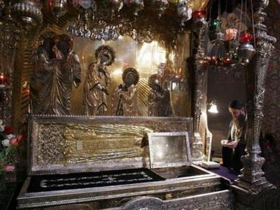 гробница с мощами преп.Сергия Радонежского