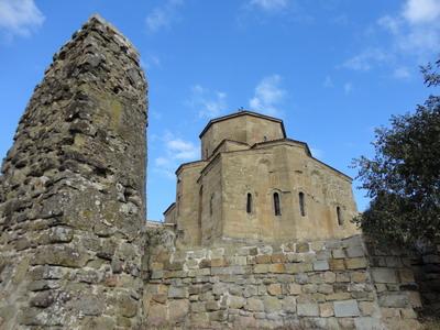 Джвари - храм Креста