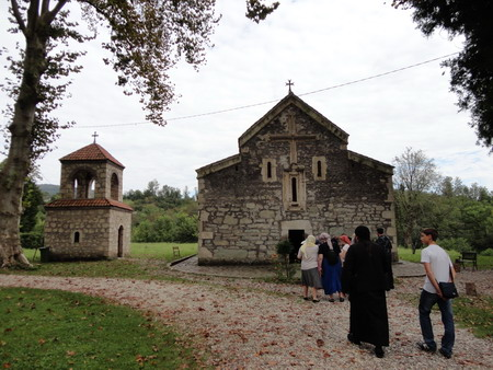 Резиденция Дадиани. Храм