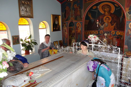 Гробница Святителя Нектария Эгинского
