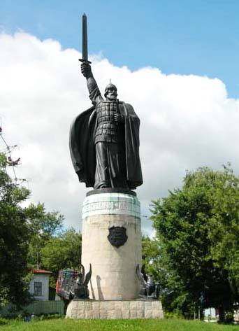 Памятник Илье Муромскому