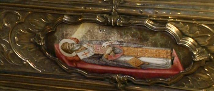 Рисунок на раке с мощами святителя Спиридона