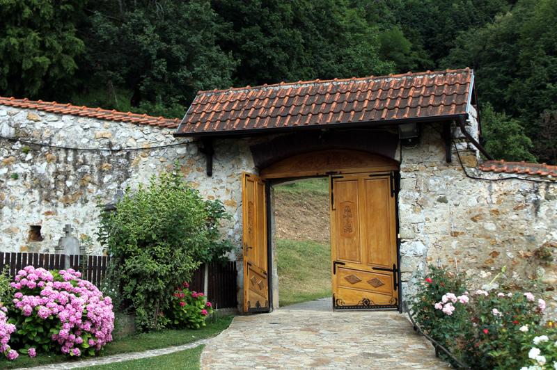 Монастырь Сретения. Овчаро-Кабларское ущелье. Сербия