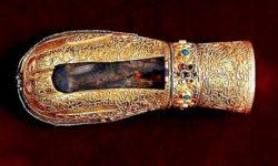 Левая рука равноапостольной Марии Магдалины